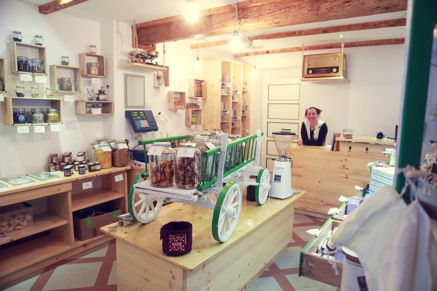 Ekola, trgovina brez embalaže - Koper